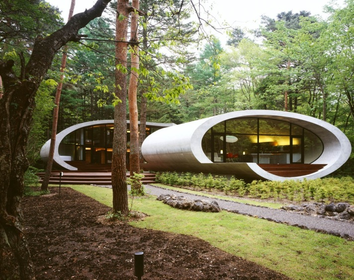 the-shell-house-in-the-forest-by-artechnic-architects-3